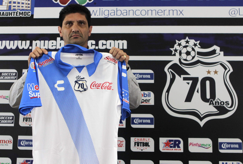 PUEBLA, Pue. 18 Mayo 2015.- Walter Fleita toma la dirección deportiva de Puebla de la Franja para los próximo torneos de la Liga MX   //Agencia Enfoque//