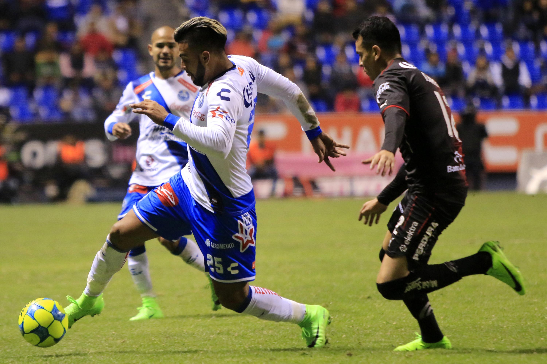 PUEBLA, Pue. 03 Febrero 2017.- El Club Puebla empató 1-1 contra los Zorros del Atlas, en partido de la fecha cinco del Torneo Clausura 2017 de la Liga MX en el estadio Cuauhtémoc.  //Agencia Enfoque//