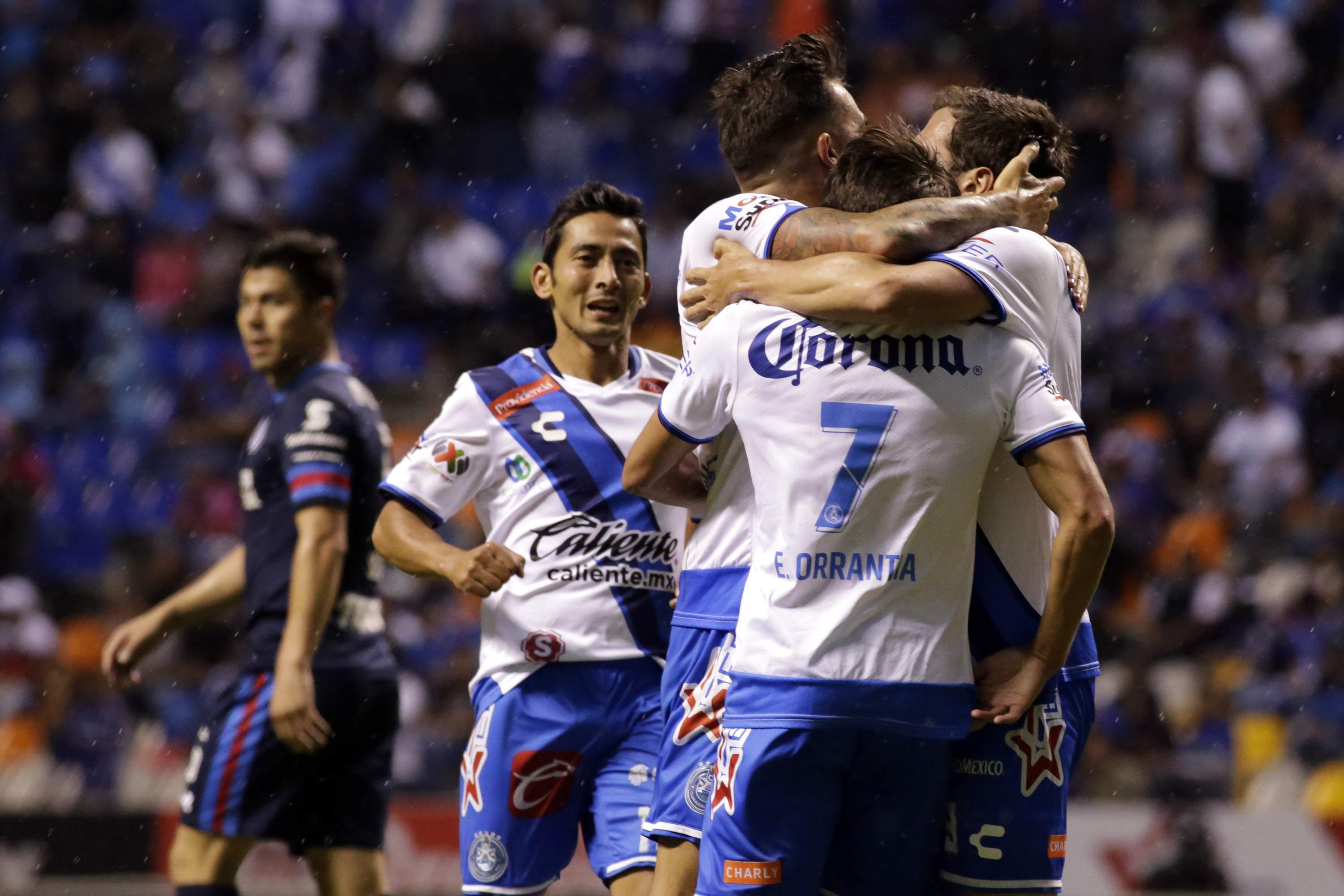 futbol-club-puebla-vs-cruz-azul-279830