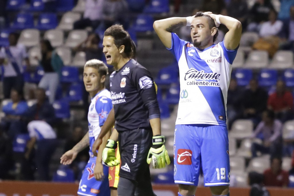 futbol-club-puebla-vs-morelia-293474