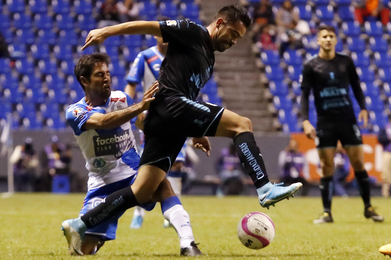 futbol-club-puebla-vs-queretaro-304342