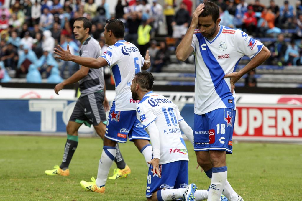 FUTBOL . PUEBLA FC VS SANTOS