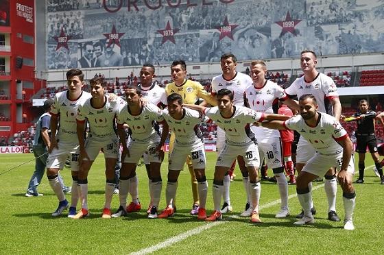 TOLUCA, MEXICO - MAYO 5: Fotografía de grupo del equipo Lobos BUAP durante el juego de la Jornada 17 del Torneo Clausura 2019 de la Liga Bancomer MX en el Estadio Nemesio Diez, el 5 de mayo del 2019 en Toluca, Mexico. (Foto: Angel Castillo/JAM MEDIA)